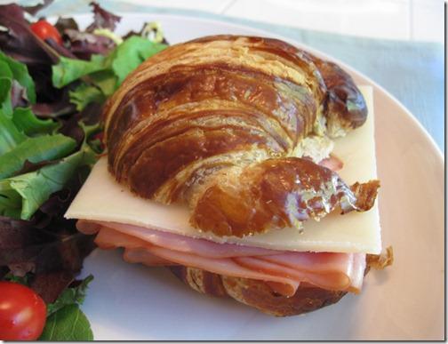 Ham & Cheese Crossaintwich