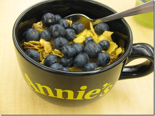 Honey Bunches of Oats with Almonds & Blueberries