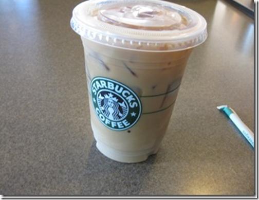Grande Starbuck's Iced Latte