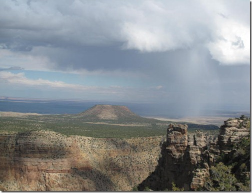 Rain at the Grand Canyon
