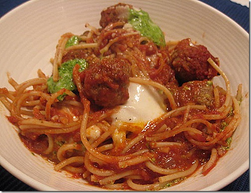 Clean Eating Spaghetti & Meatball Casserole