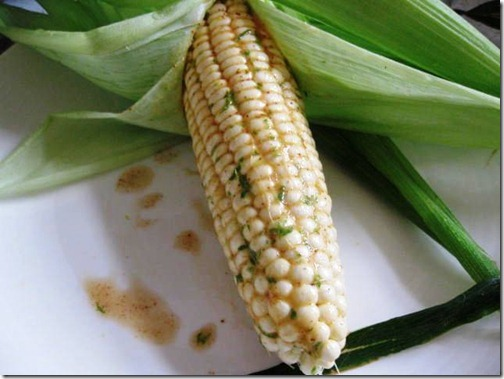how to grill corn in the husk